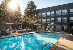 Hotel Ketchum Pool