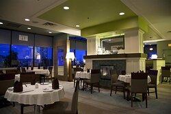 Minnoz Restaurant Fireplace