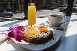 Avocado Egg Toast Hotel Indigo Baltimore #MyBmore