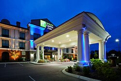 The Holiday Inn Express and Suites Mt. Juliet Welcomes YOU!