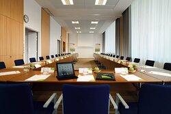 Cypres Meeting Room - U-Shape Setup
