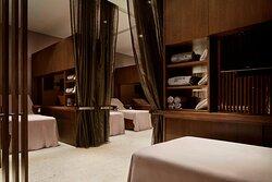 Iridium Spa Lounge