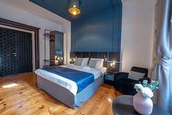 Hotel-like service with home-like hospitality