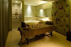Holiday Inn Cikarang Jababeka Orchidea Spa & Massage