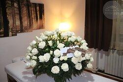 Dan žena je pred nama!Obradujte dragu osobu poklon vaučerom za masažu! Čubrina 4,Beograd