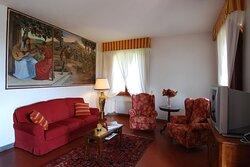 soggiorno CAMELIA (con divano letto matrimoniale)