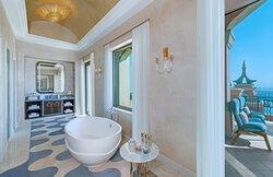 Grand Atlantis Bathroom