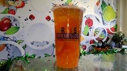 Strawberry Fruit Tea in Fort Myers. Bubble Near Me. Paradise Smoothie Bubble Tea Coffee. #paradisesmoothie #bubbletea #bobatea #gctc