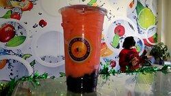 Strawberry Smoothie in Fort Myers. Bubble Near Me. Paradise Smoothie Bubble Tea Coffee. #paradisesmoothie #bubbletea #bobatea #gctc