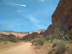 La Spearhead Mesa ci protegge sulla scenic drive