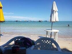Praia maravilhosa, com água quente!