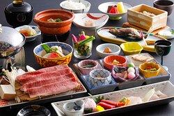 夕食 飛騨牛味覚会席(基本料理) Japanese Hida Beef Kaiseki Dinner (Standard)