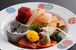 お造り盛り合わせ Assorted Sashimi