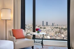 Grand Deluxe Guest Room - City View
