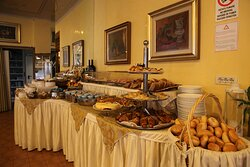 Hotel Diana Grado - Try our delicious and very abundant breakfast.