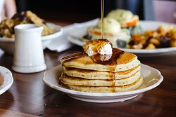 Buttermilk Pancakes / Short Stack