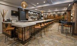 828 AVL Lobby Bar