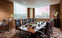 Cham Meeting Room