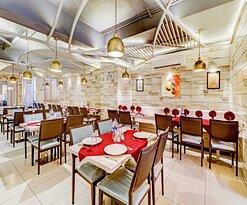 Khansamaa Restaurant