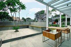 Outdoor Area of Holiday Inn Express Jakarta International Expo