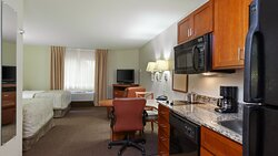 Two Double Bed Guest Room with fully-equipped kitchen