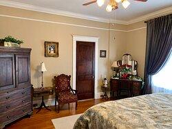 The Cassiobury Room