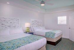 Two-Bedroom Villa - Queen/Queen Bedroom