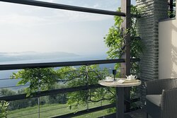 Deluxe Junior Suite Balcony With Lake