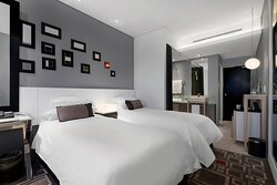 Twin/Twin Guest Room