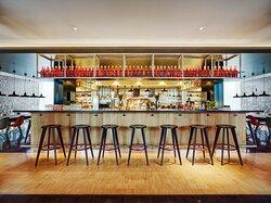 Amsterdam Schiphol-canteenM bar