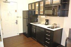Studio Suite One Queen Bed Kitchen