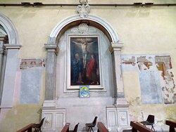 Altare barocco nella parete dx