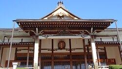 本堂  昭和32年(1957年)再建