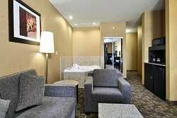 King Suite with Fireplace  Whirlpool and Sofa Bed