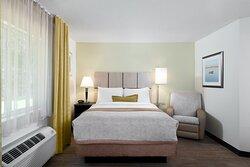 Studio Suite Queen Bed and Recliner