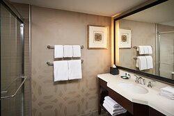 Hamilton Suite - Bathroom