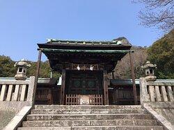 神門を見上げました。