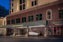 Hotel Valencia Riverwalk Front Drive