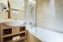 Standard and superior apart room - bathroom