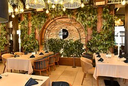 We are waiting for you in our spacious summer garden!