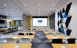 Neva meeting room