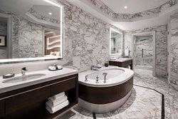 Empire Suite Bathroom