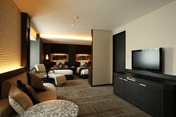 Crowne Suite