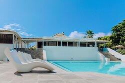 Papagayo Beach Resort Swimming pool