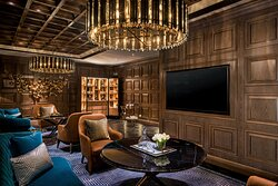 The St. Regis Bar - Decanter Room