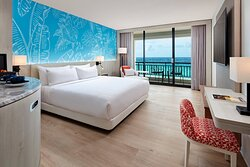 King Guest Room - Ocean Front
