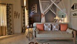 Relax in the suites at Kariba Safari Lodge