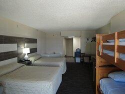Americana Motor Inn Ocean Front Room