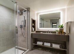 Madera King Vanity And Shower