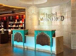 Front Desk Hotel Indigo New Orleans Garden District